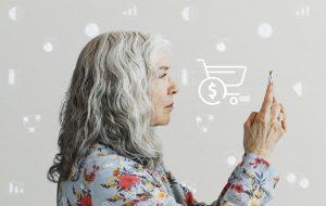 senior woman online shopping UW84V9W 1